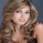 coiffure-cheveux-long-blonde